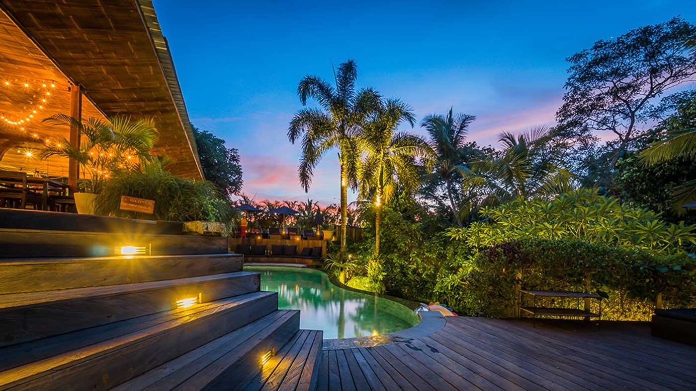 Soulshine Bali outside area at night