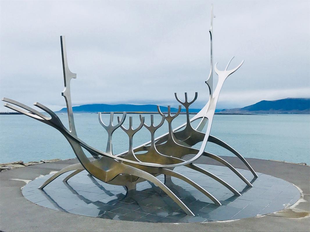 sun voyager sculpture reykjavik iceland