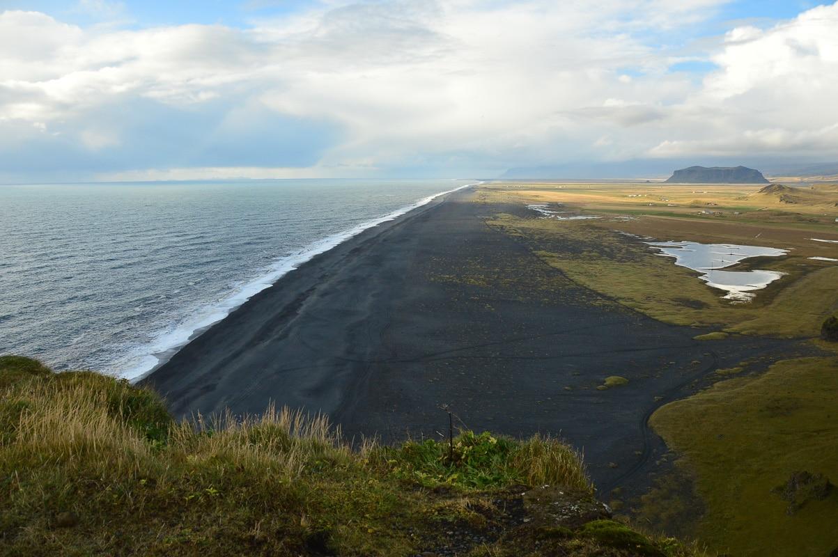 vik black beach.