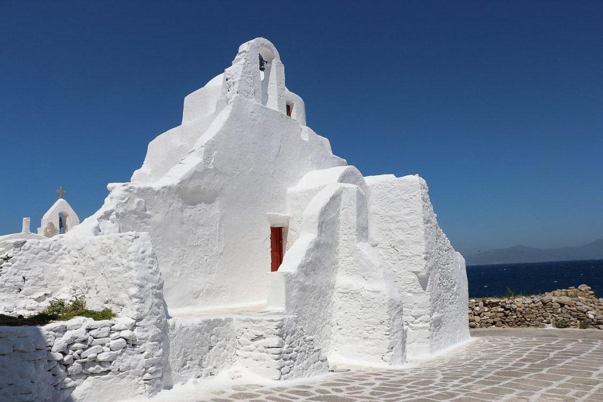 white chapel in santorini