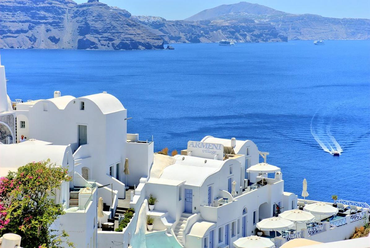 white buildings and ocean in santorini