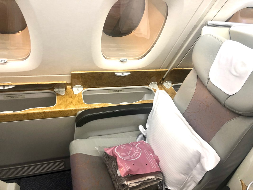 seat on emirates business class