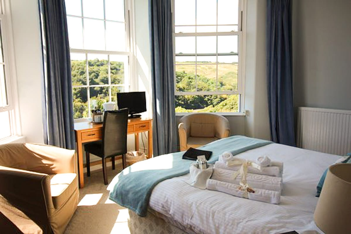 Commonwood Manor room cornwall boutique hotel