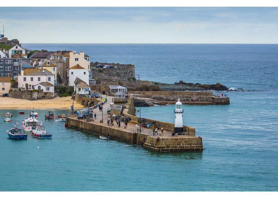 st ives pier in cornwall