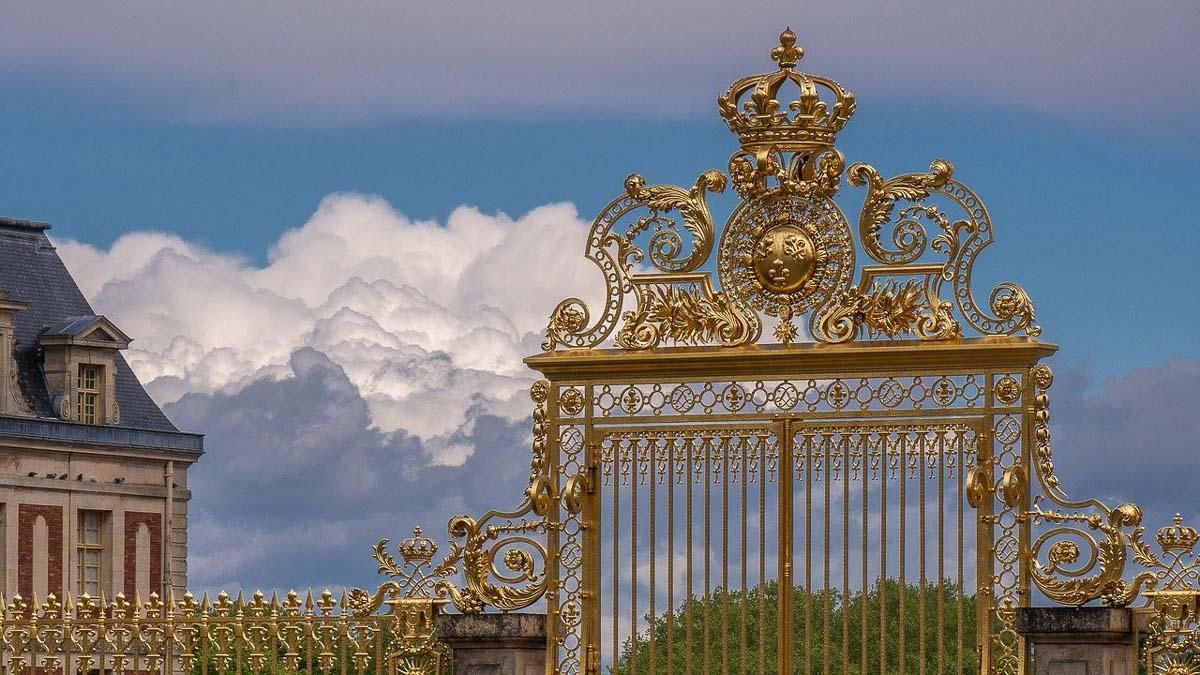 Golden Gate at Kensington Palace