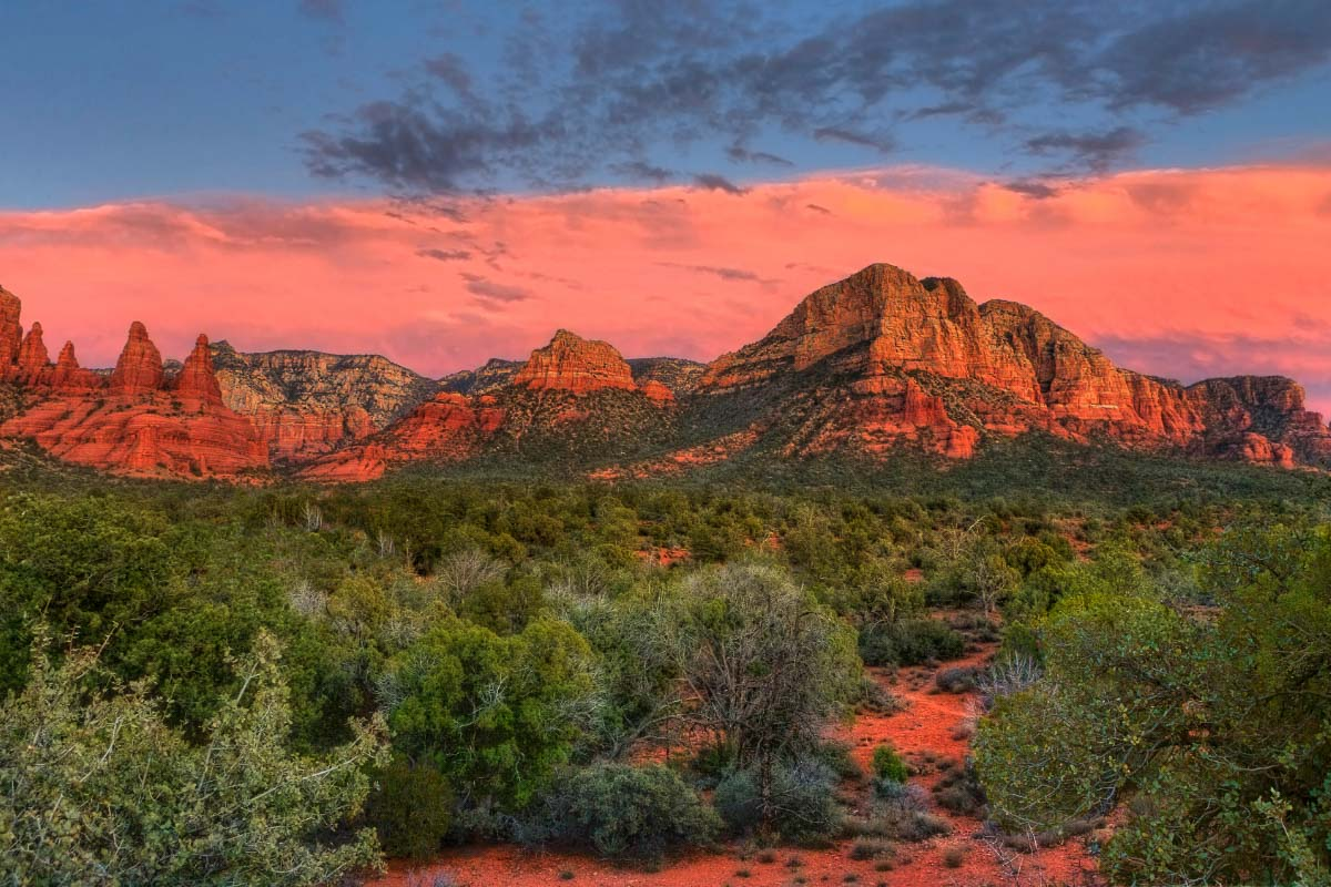 Sunset at couthouse butte sedona
