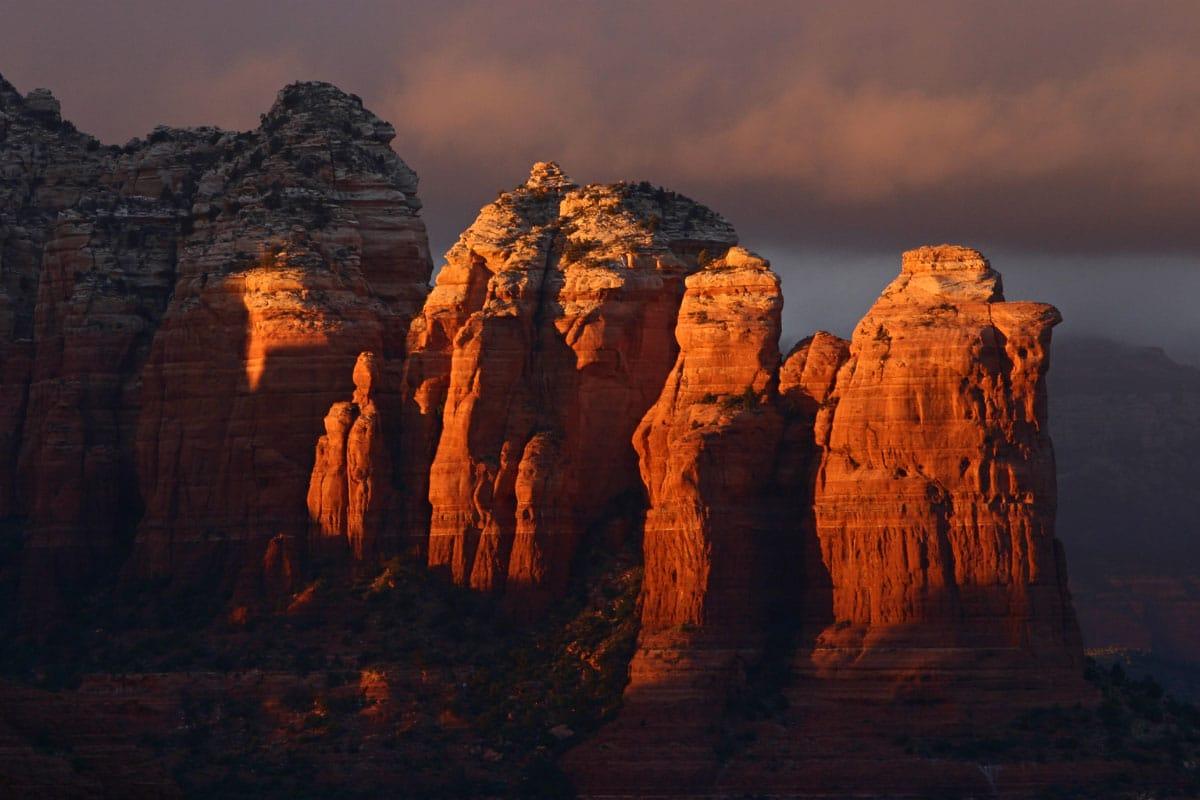 sunset on rocks in sedona