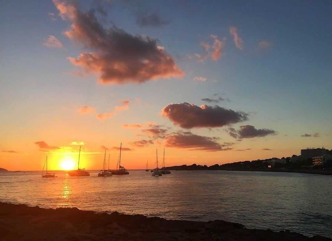 ibiza_sunset_in_summer