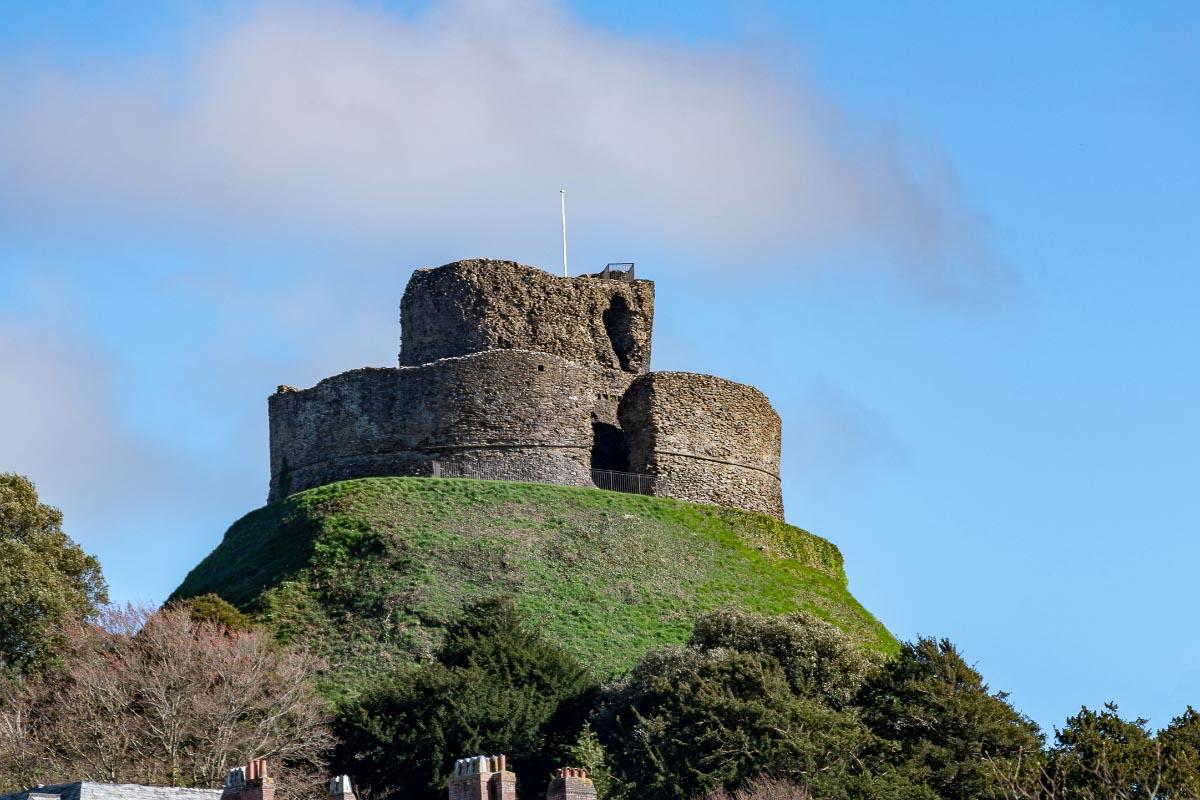 launceston castle cornwall