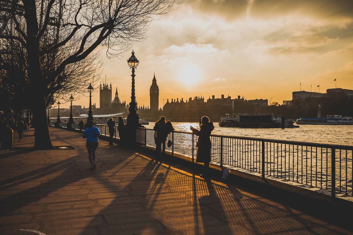 Chelsea embankment sunrise in london