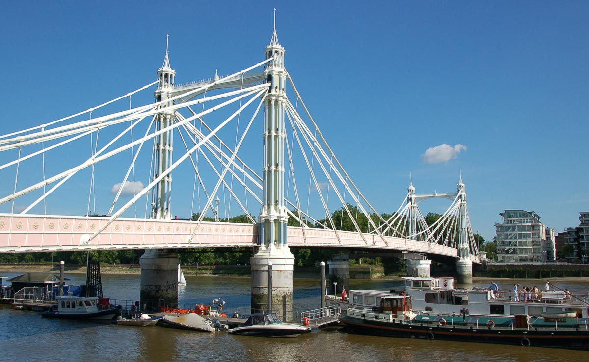 albert one of the bridges in london