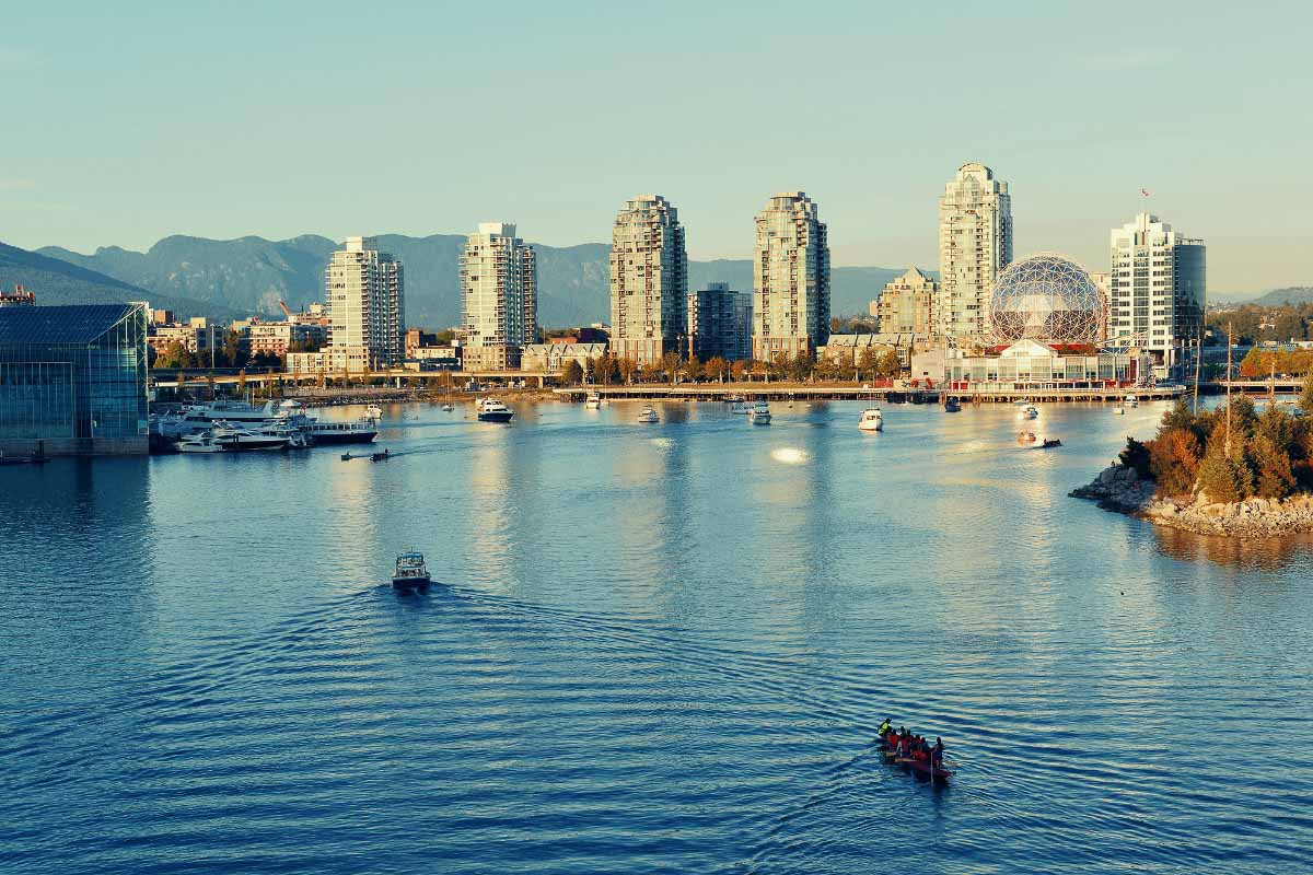 buildings and water in vancouver canada