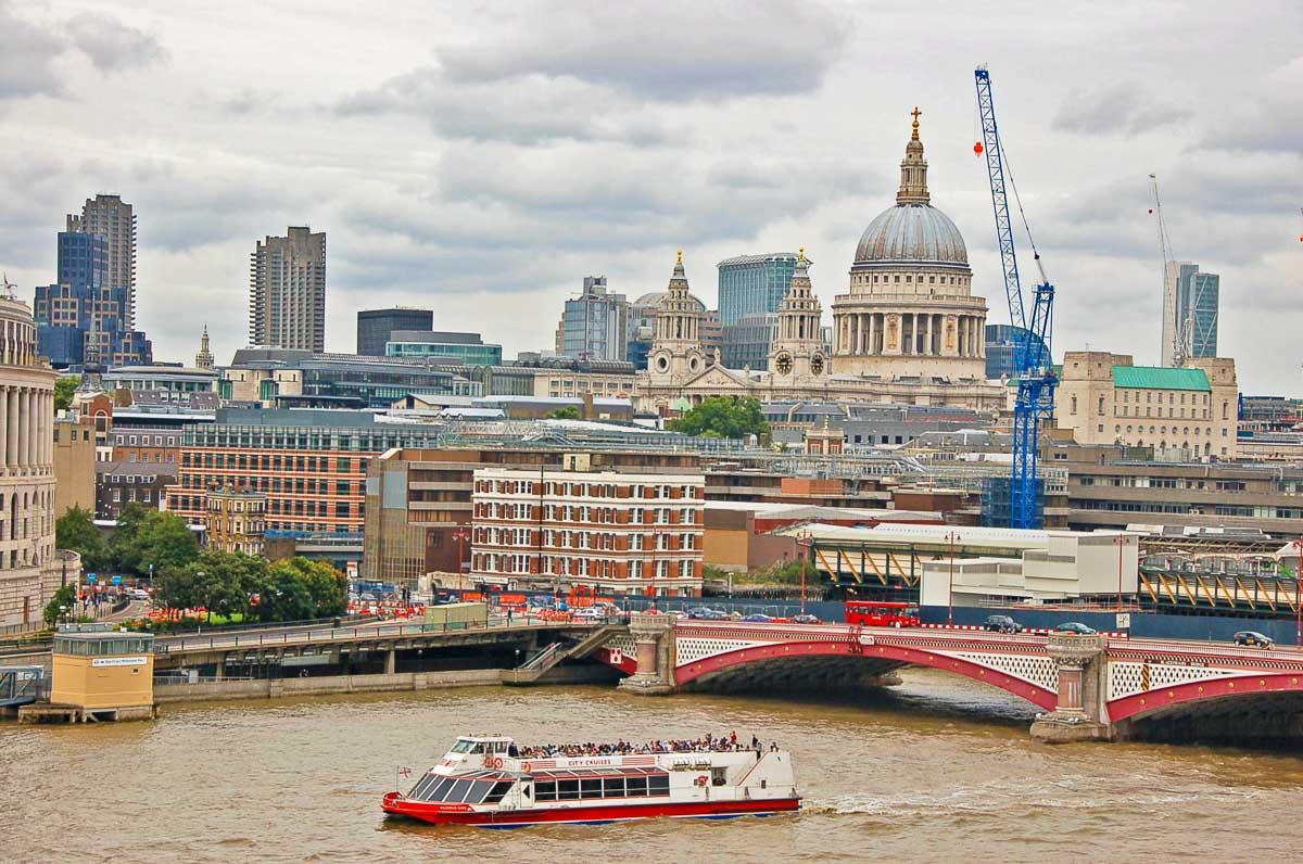 london boat cruise