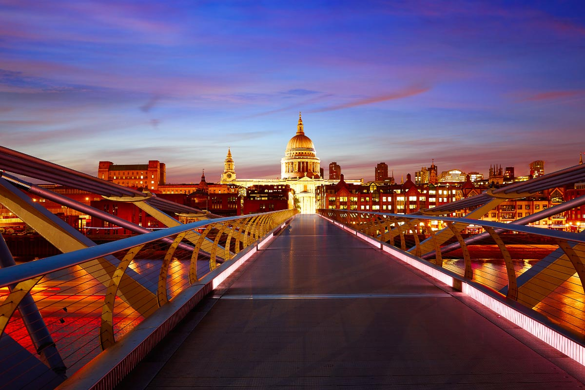 milennium bridge london towards st pauls at sunset
