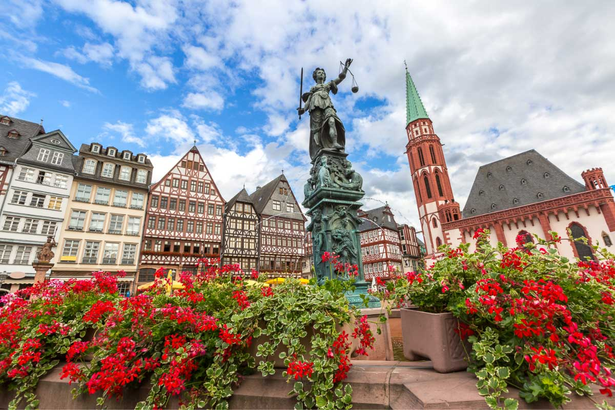 26 Landmarks of Germany I Fairy-Tale Castles, Historic Sites & More