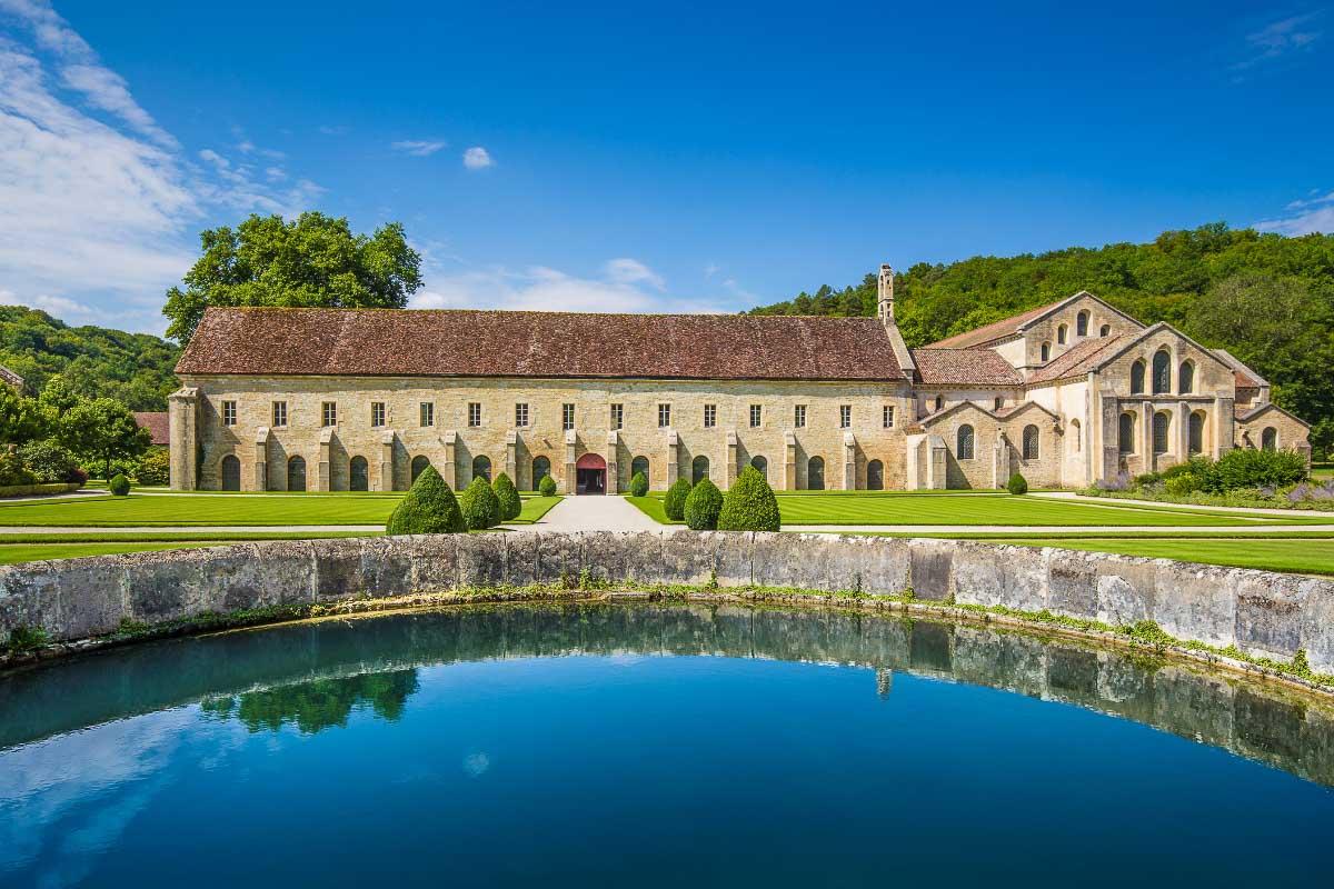 abbey de fontayne outside French landmark