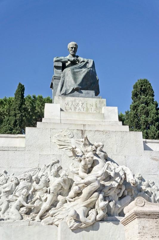 monument to giuseppe mazzini rome