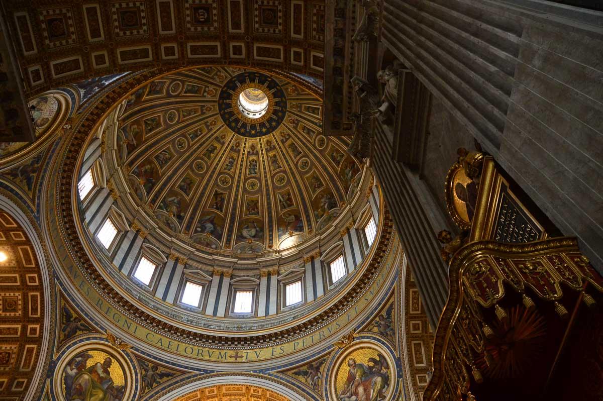 the vatican interior ceiling