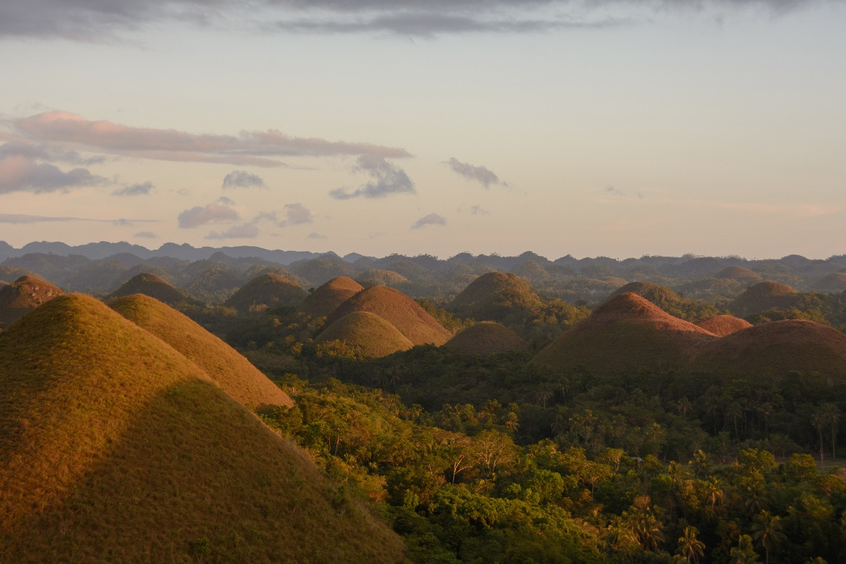 chocolate hills The Philippines