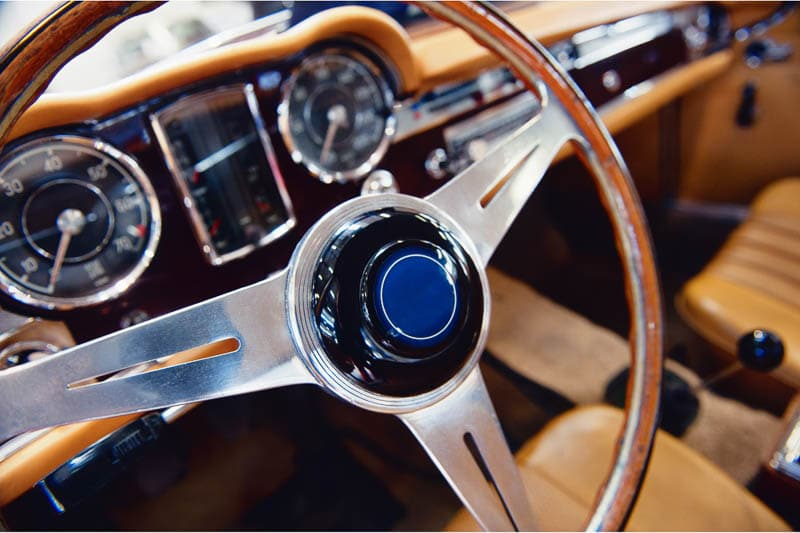 old fashioned steering wheel