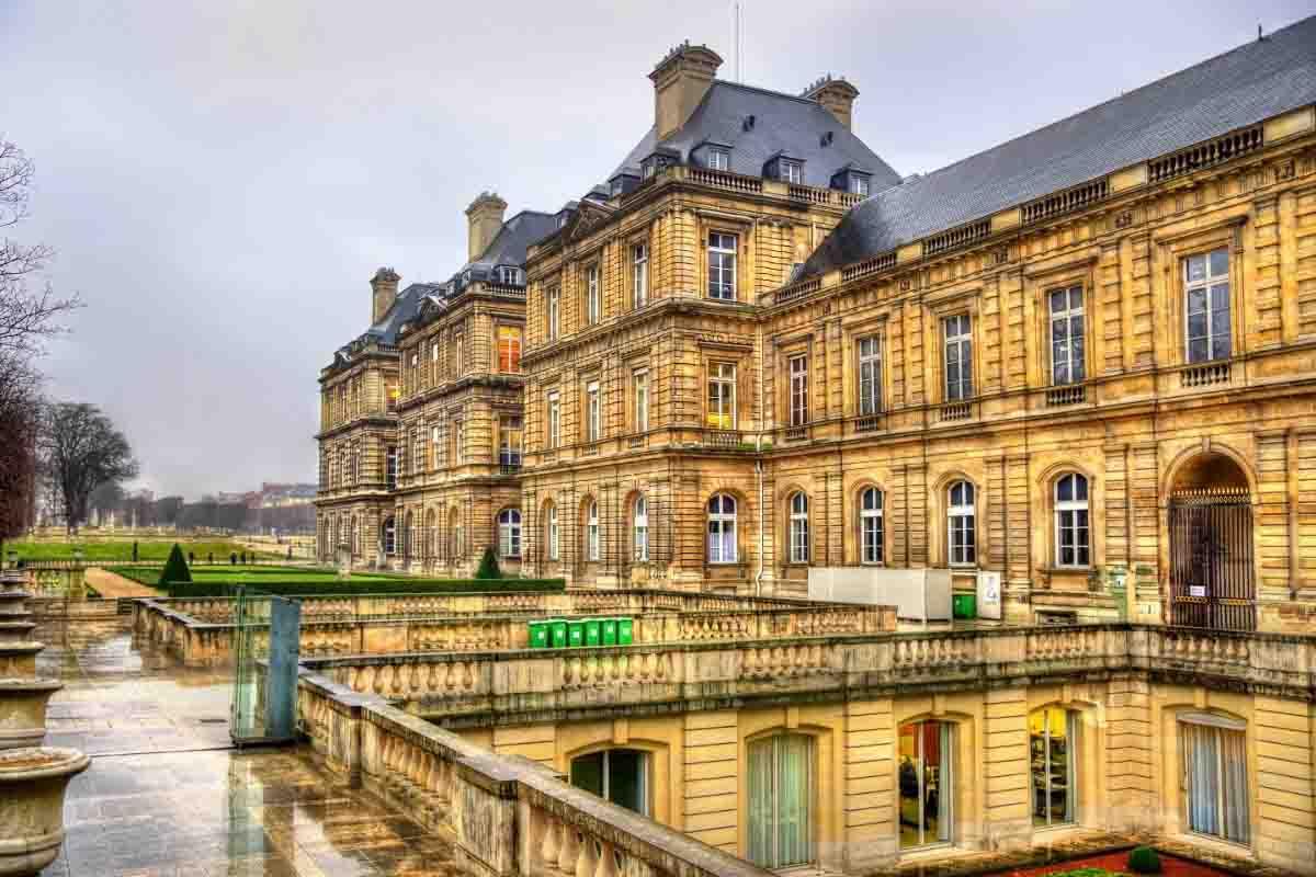 palais du luxembourg paris landmark