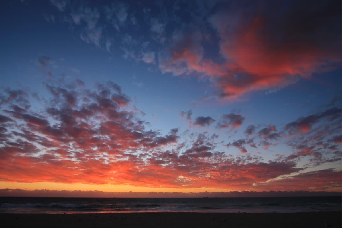 scarborough beach sunset