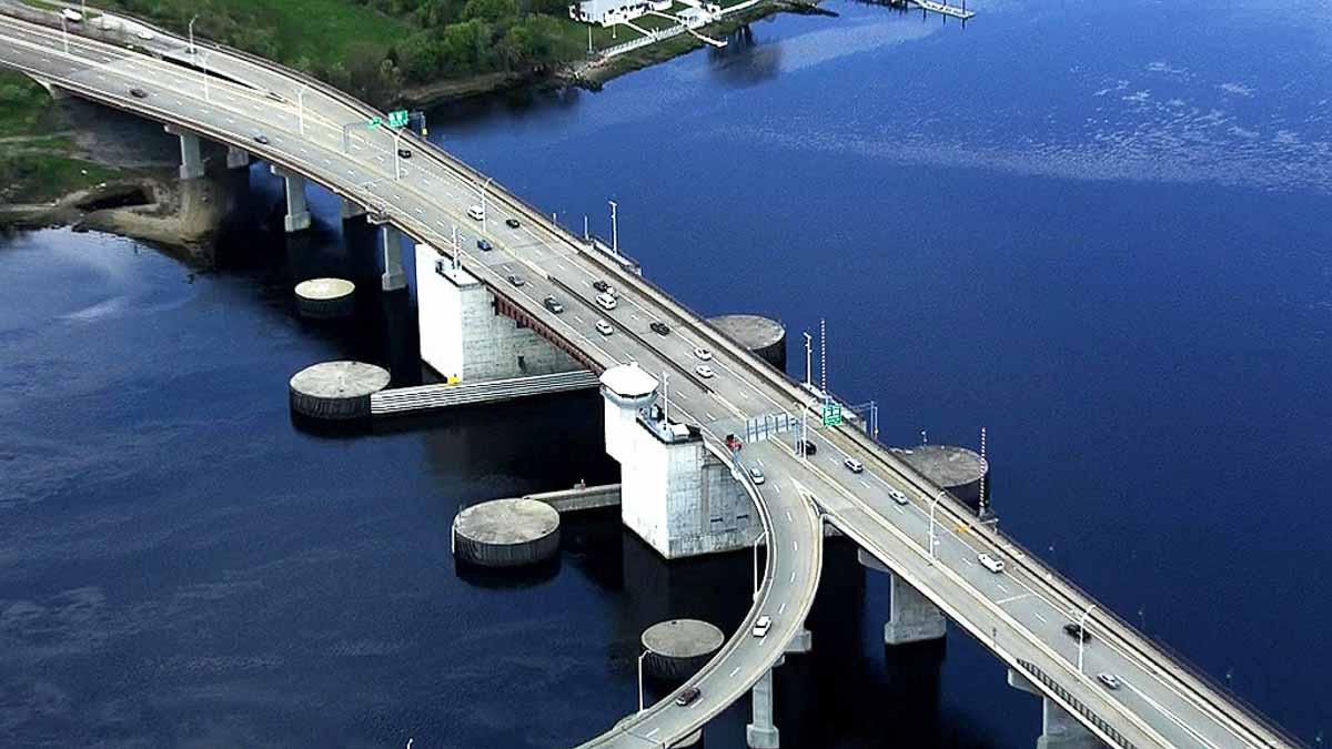 veterans memorial bridge massachussetts