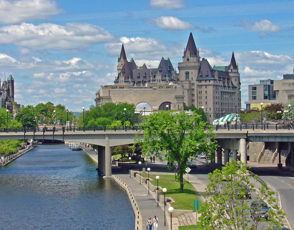 Mackenzie King Bridge