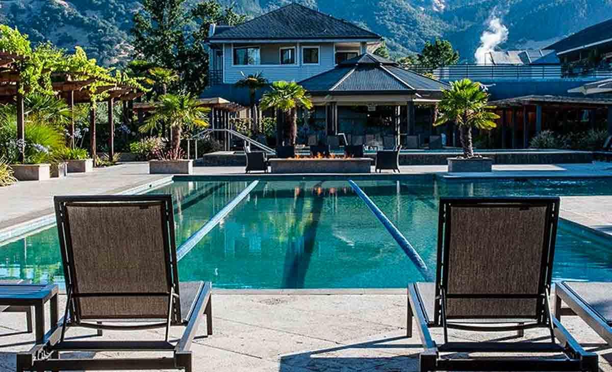 calistoga-spa-hot-springs-pool-california