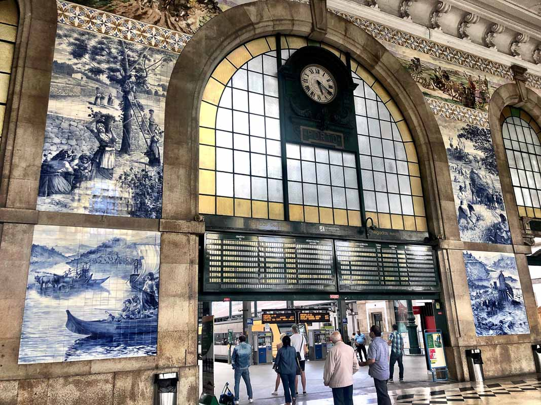 porto main train station