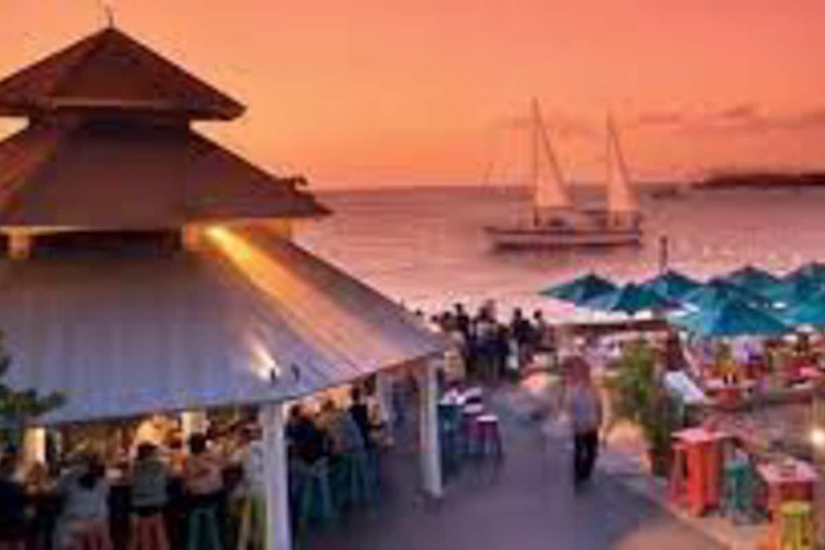 sunset pier at the ocean key resort