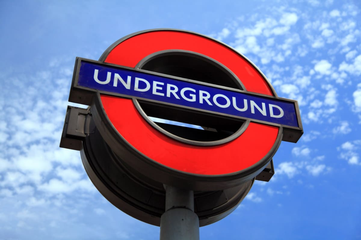 tube sign london