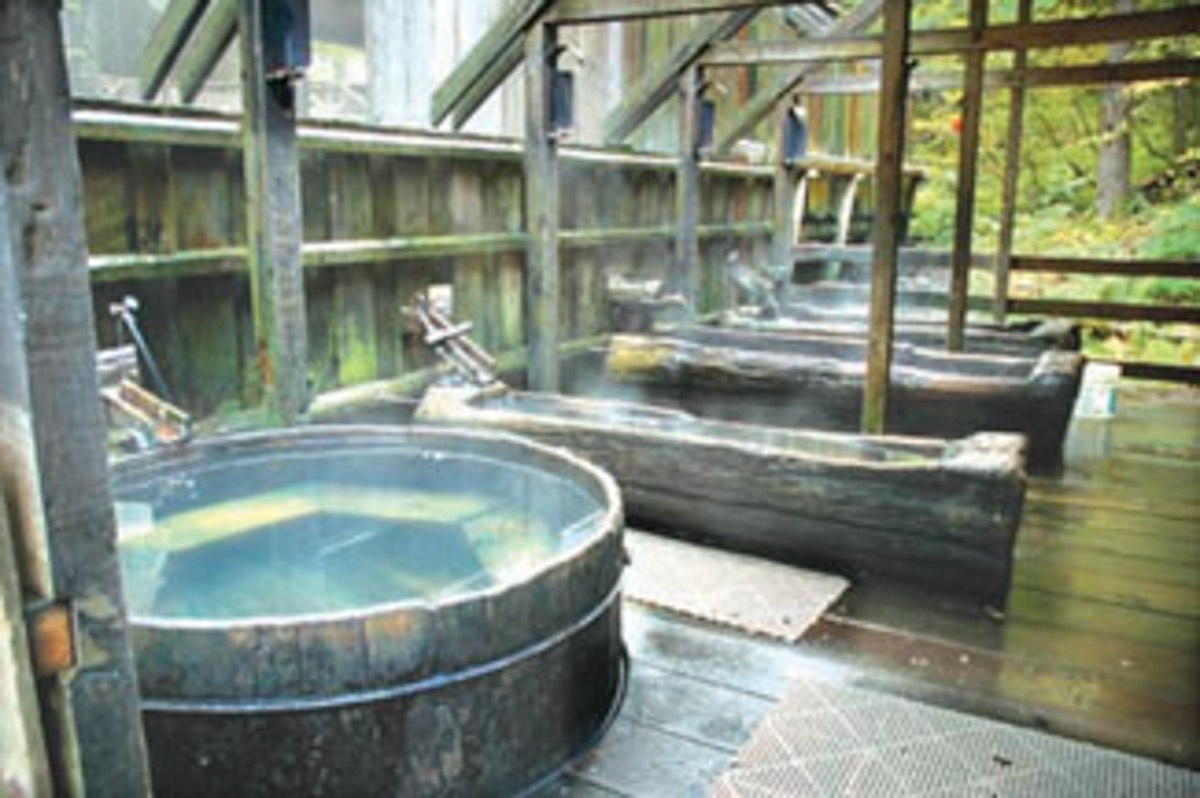 Bagby Hot Springs Bathhouse