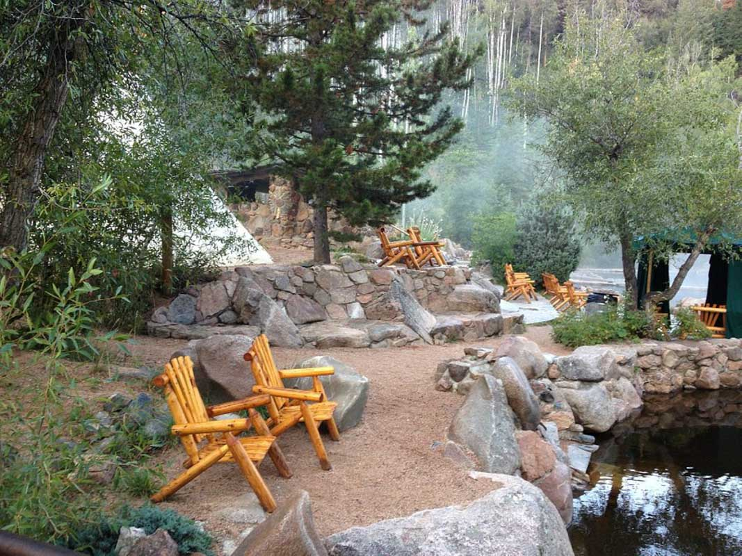 strawberry park hot springs relaxing chairs