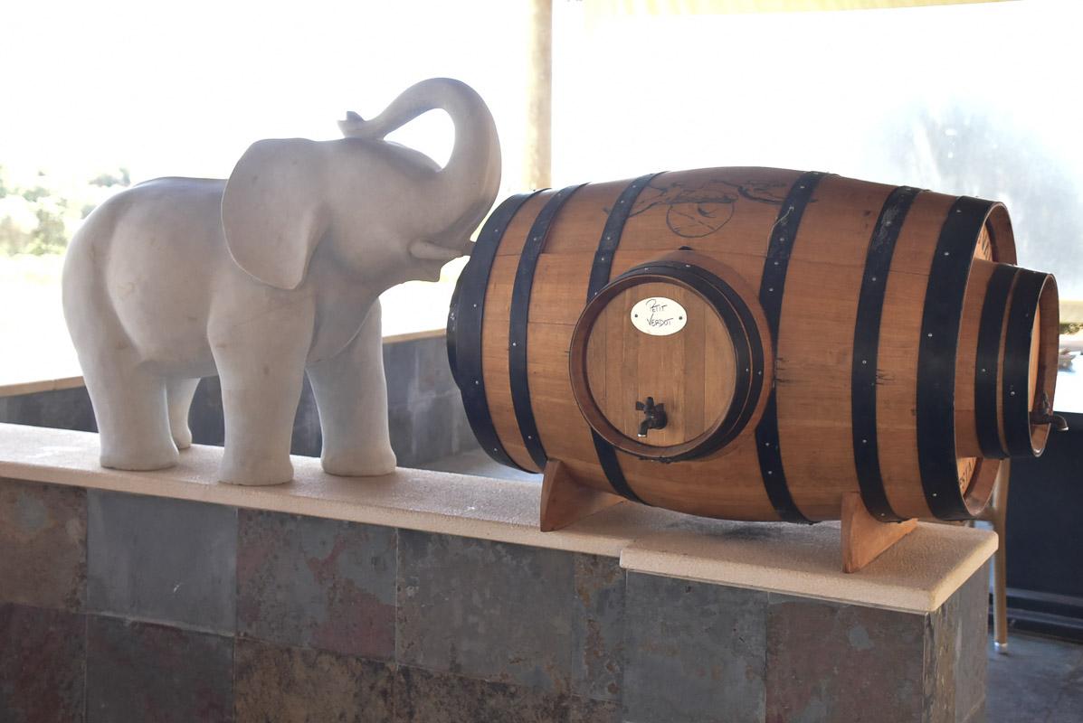 quinta dos vales barrel and elephant